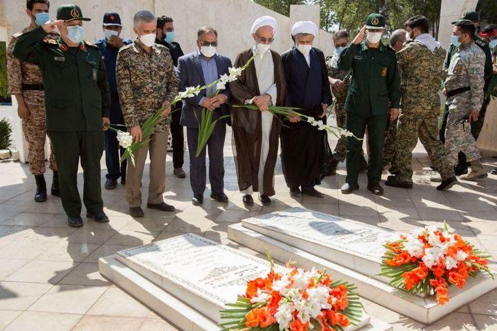 تلاشگران ذوب آهن اصفهان با عزم جهادی در سنگر تولید حضور فعال دارند