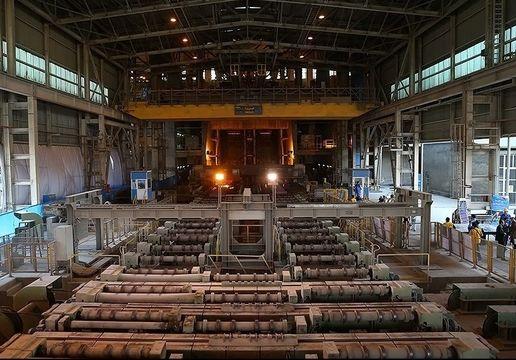 بازگشت به کار نیروهای تعدیل شده کارخانه شمش چدن خوسف