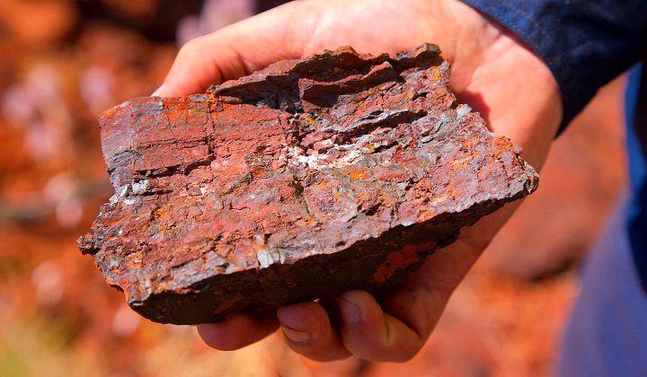 کاهش قیمت 8.5 دلاری سنگ آهن طبق پیش بینی دیروز
